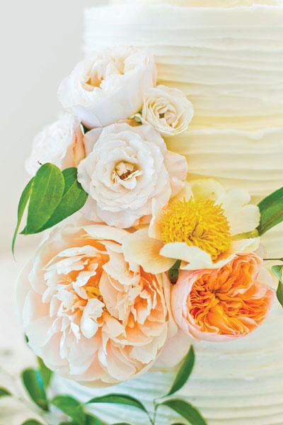 Bridal Show Flower Cake